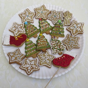 Medium gingerbread cookies 571123 960 720
