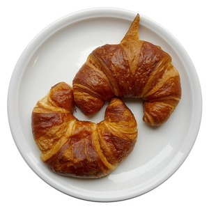 Medium croissants 74288 960 720