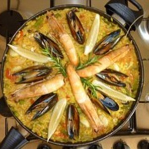 Medium paella 640880  180