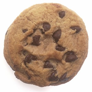 Medium chocolate chip cookie 522389 640