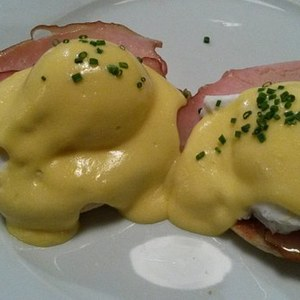 Medium eggs benedictine 264618  340