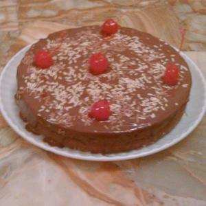 Medium pastel chocolate con cereza