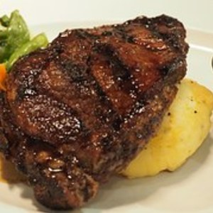 Medium steak 1445124  180