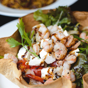 Medium foodiesfeed.com salad with shrimps feta